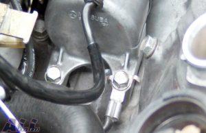 セルモーター固定ボルト 指定トルクで締め付け2