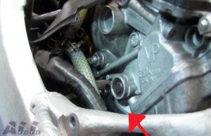 キャブレター インシュレーター 挿入具合-2