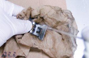 パッドスプリング清掃3