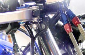 ブレーキレバーとブラケットをネジで取り付け装着6